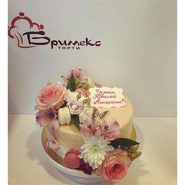 Торта Екрю и цветя