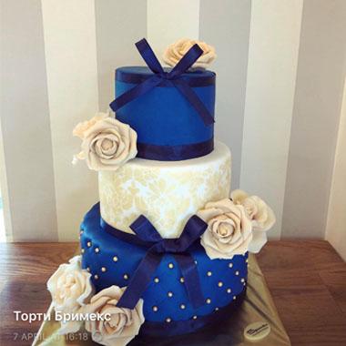 Сватбена торта Кралско синьо