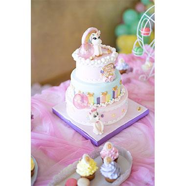 Торта Еднорог и дъга