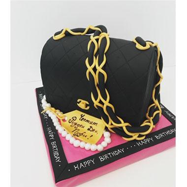 Торта чанта Chanel